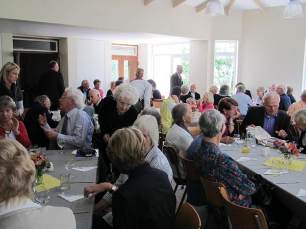 Einweihungsfeier im neuen Gemeindesaal